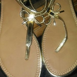 Shoes - GOLD SANDALSW/Bows